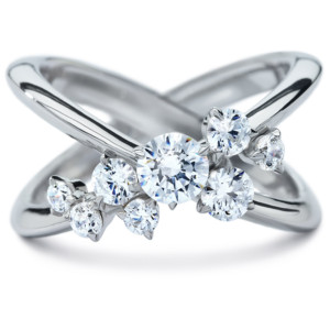 DIAMA 18k White Gold Swarovski Created Diamond Encounter Ring