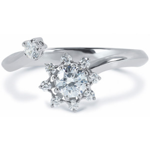 DIAMA 18k White Gold Swarovski Created Diamond Bloom Ring 044J