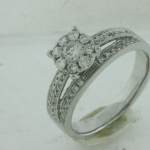 Royal Jewelers Diamond Engagement Ring (HWC5426DJ)