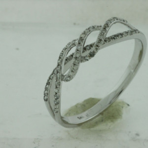 Royal Jewelers Diamond Wedding Ring (HWC5499DJ)